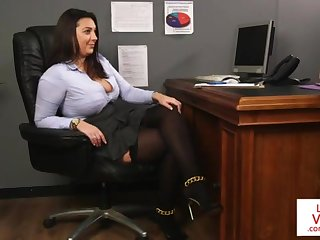 Office honey teaches flunkey fucking partner to masturbate