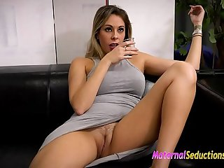 Nikki Brooks so horny today and willing close by be fucked
