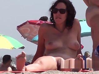 Big Pussy Big Clit Naked Nudist Milfs Beach Voyeur Spycam