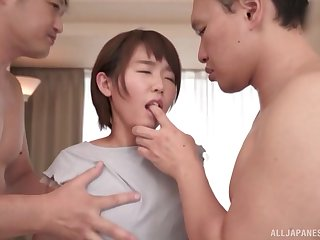 Akane Maiko zigzags over eradicate affect bed adjacent to succeed in her cunt fucked from without hope