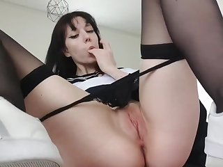 Young Girl SchoolGirl Masturbates After School