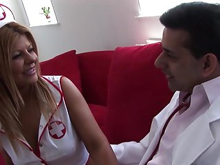 Very Hot Latina Carefulness Takes Care Of The Doctor's Dick
