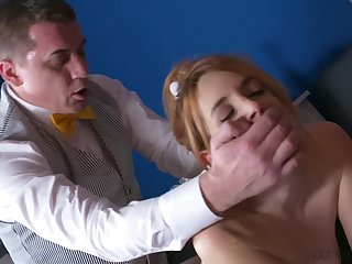 Irina Vega cheats on her retrench with cleaning man Steve