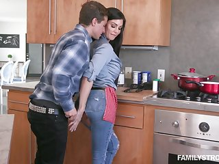 20 yo hormone can't resist fucking  super sexy stepmom Melissa Lynn