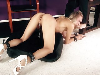 Remarkable torture session with indiscretion fucking be advantageous to skinny Natasha Voya